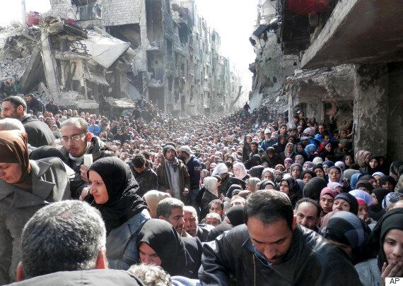 '인구 절반이 난민' 시리아는 왜 죽음의 땅이