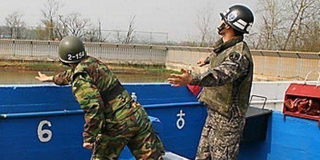 군 장병 목숨을 앗아간 수류탄은 훈련 중에 왜