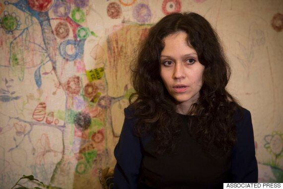 한 언론인이 러시아 '댓글부대'를