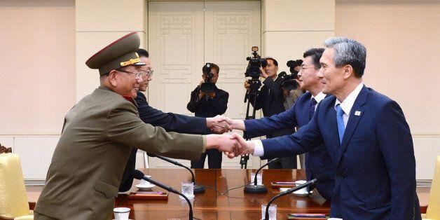 남북, 자정 넘어서까지 '마라톤협상'