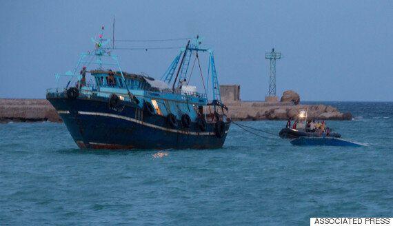 지중해 난민선 리비아 인근에서 전복 : 37명