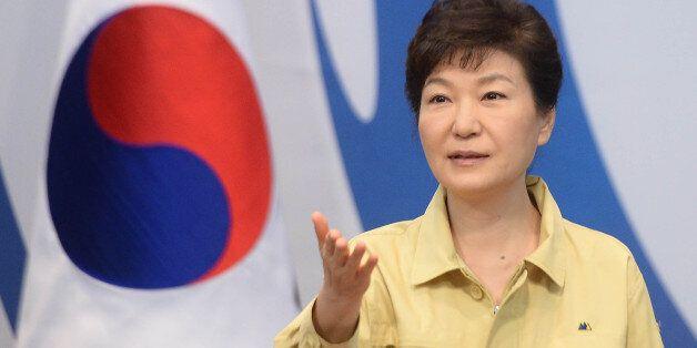 박 대통령이 '대면보고'를 꺼리는
