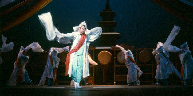 '한국춤의 거목' 이매방 명인