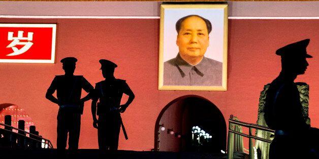 중국이 깨어난다, 미국과 파키스탄은 주목해야