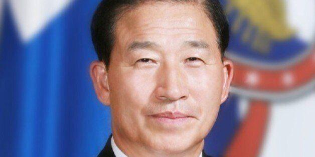 'STX 뇌물' 정옥근 전 해군참모총장 징역