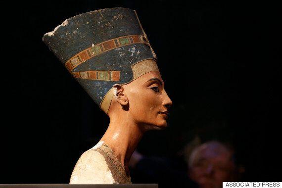 이집트 왕비 네페르티티는 투탕카멘 뒤에 묻혀