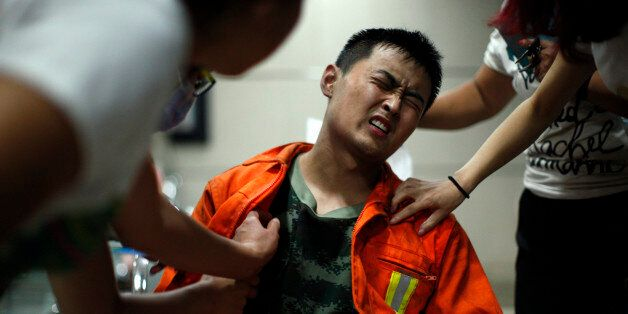中 톈진 소방관들은 지옥 같은 불에 몸을 던졌다(사진,