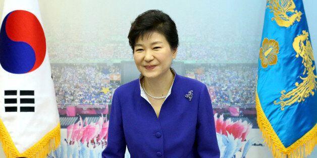 한국 민주주의, 그 이중의