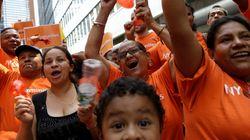 뉴욕주, 패스트푸드 노동자 최저 임금 두 배