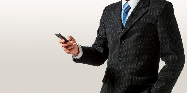 통신요금 기본료 폐지될까? 정부와 이통사는