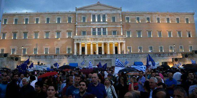 그리스는 더 나은 대우를 받아야