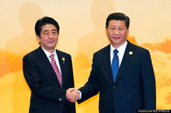 시진핑, '항일전쟁승리' 열병식에 아베