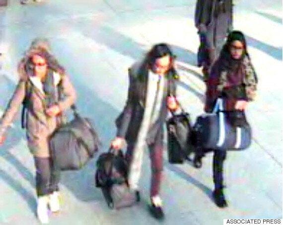 시리아로 건너 간 영국 소녀들, IS 조직원과