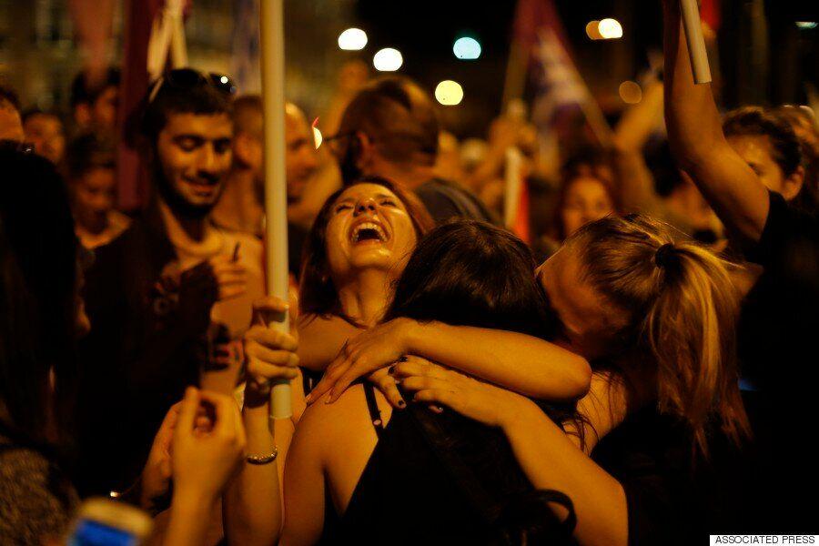 그리스 국민들, 긴축안을 반대하다 : 국민투표 '반대'