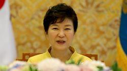 박 대통령 지지율 3.7%p 상승 : 김무성 '차기주자'