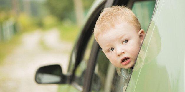 이웃집 차를 망가뜨린 3살 아들에게 날아온 수리비