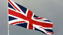 영국대사관이 거문도에 장학금을 지원하는