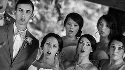 사진작가가 넘어지면서 찍은 결혼식