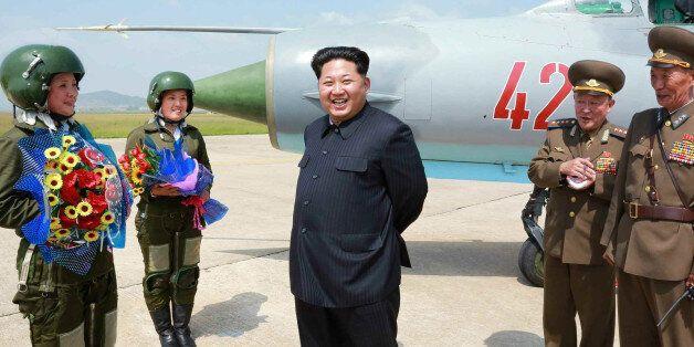 북한, 초음속전투기 미그 21 모는 첫 여성조종사
