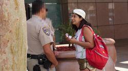 백인 여자가 경찰에게 마약을