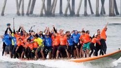 서핑 보드에 사람 많이 타기 세계 신기록