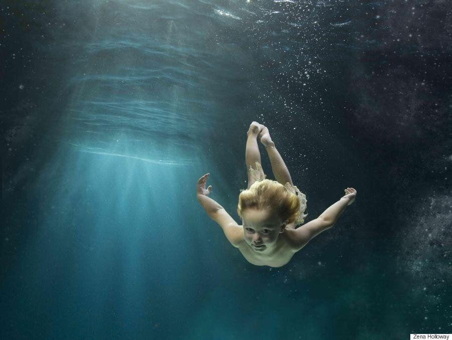 세상의 모든 아이는 행복할 권리가 있다. 물의