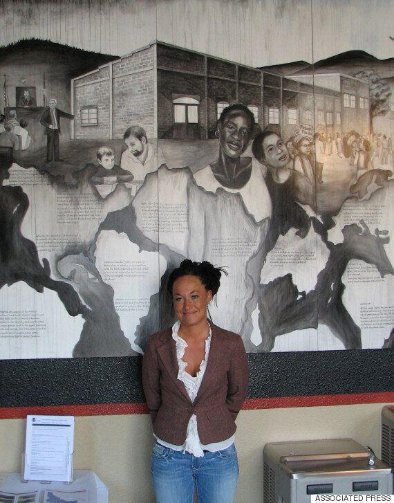 흑인 행세하던 미국 흑인 인권운동가가 백인으로