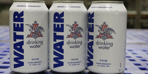 세계적인 맥주회사가 캔맥주 대신 '캔워터'를 생산한