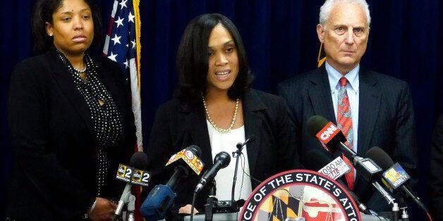 볼티모어 흑인사망 관련 경찰관 6명 기소