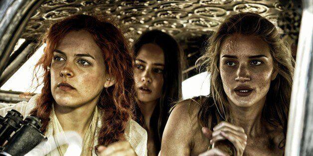 '매드맥스: 분노의 도로'는 액션 영화인 척하는 페미니스트 영화인 척하는 액션