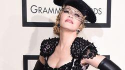 마돈나가 논쟁적인 사진으로 인스타그램을