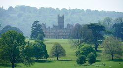 Ο πύργος του Downton Abbey για μία και μόνο βραδιά στη λίστα του