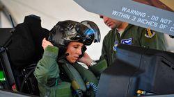 역사상 최초의 F-35 여성 파일럿이