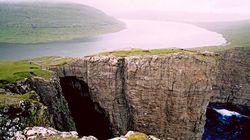 쇠르보그스바튼 호수의 괴이한 절경은