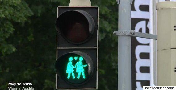 오스트리아의 수도에 등장한 게이-레즈비언 커플