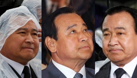 [화보] 이완구 총리의 표정이 갈수록