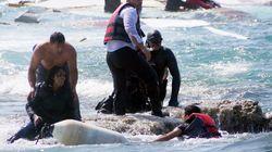 놀라운 영상이 지중해 난민선 조난을