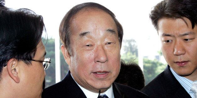 The Doosan Group Chairman Park Yong-sung, who is also a member of the International Olympic Committee,...