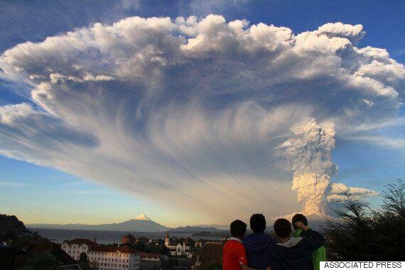 이것은 CG가 아니다. 칠레 칼부코 화산 폭발의