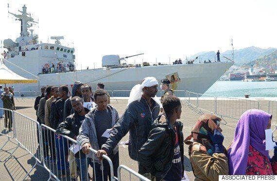 쏟아지는 지중해 난민 : 이틀 동안 5800명이