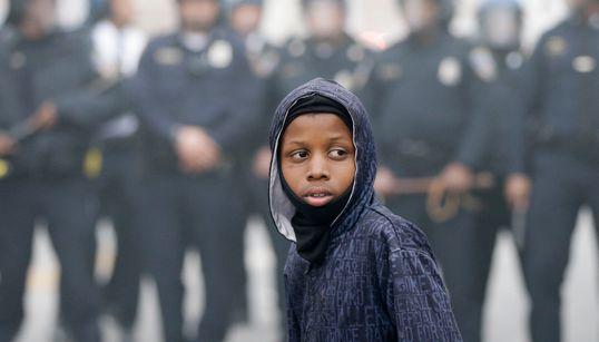 볼티모어 폭동이 '제2의 퍼거슨 사태'로 불리는