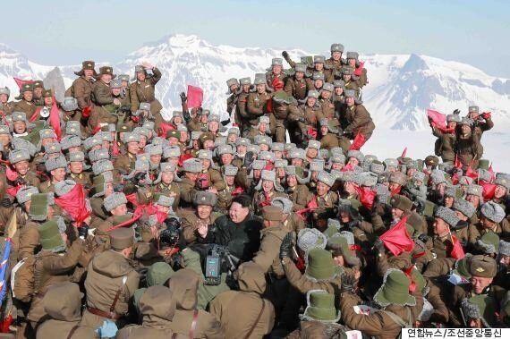 김정은의 백두산 기념사진, 조작