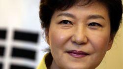 '대국민 메시지' 이후 박근혜 대통령 지지율