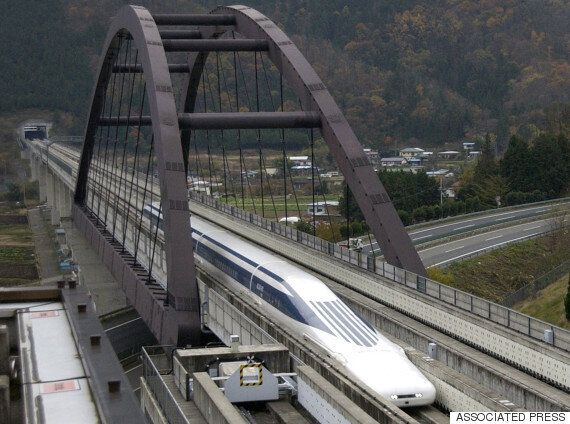 일본 자기부상열차 '마그레브'가 스피드 세계 기록을