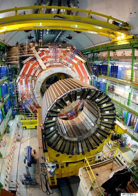 우주 탄생을 규명할 강입자가속기가 2년만에