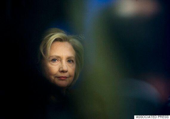 힐러리 대선출마 선언 2일 뒤, 부친 묘비