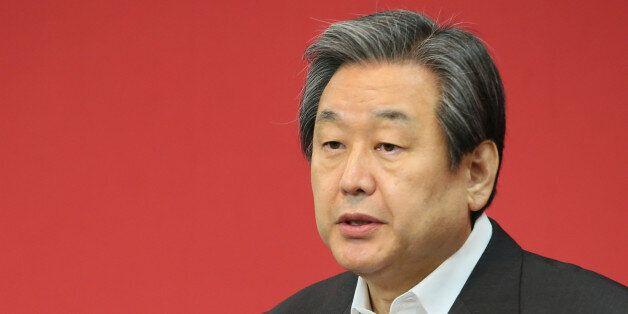 새누리당 김무성 대표가 12일 서울 여의도 당사에서 '성완종리스트'관련 긴급 기자회견을 하고