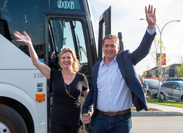 Le chef conservateur Andrew Scheer et sa femme