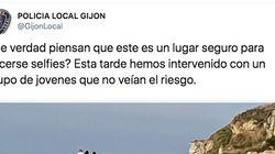 Una foto que pone los pelos de punta: la Policía de Gijón interviene para evitar que este 'selfie' acaba en