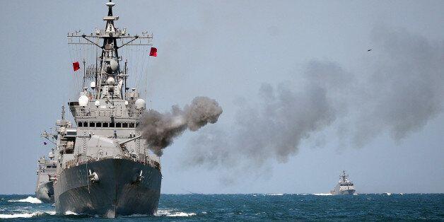 해군의 장성 골프장 캐디 성희롱으로 징계위